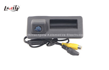 China Cámara del coche para VW AUDI HD 720P 1080P IP67 - IP68 170 ángulo NTSC Y PAL del BENZ de BMW distribuidor